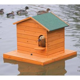 Isla flotante de madera
