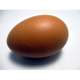 Huevo de Gallina Oscuro Largo cerámico simulado